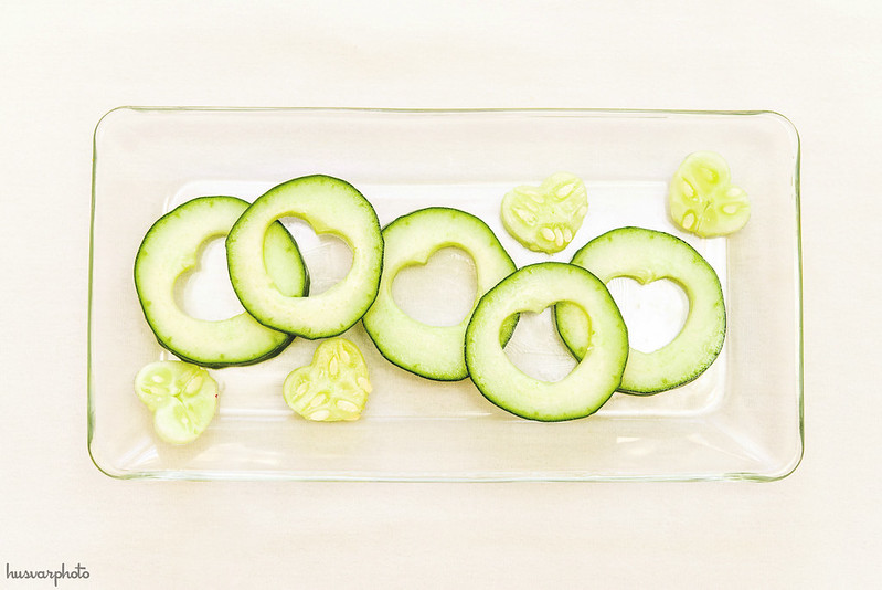 #AmericasTea cooling cucumber for puffy eyes