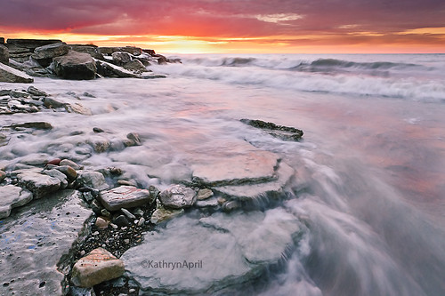 wisconsin sunrise kenosha movingwater kenoshawisconsin icyshoreline southportpark icysunrise