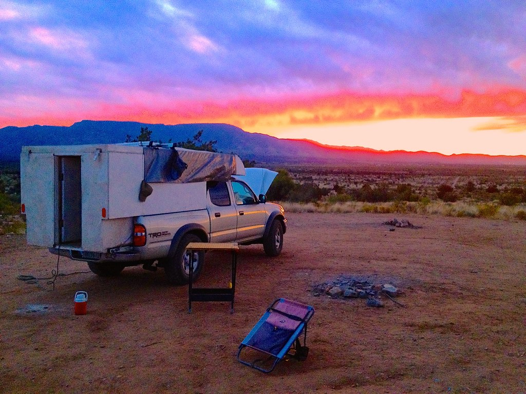 Sunset + Mobile Rik's DIY Truck Camper - Boondocking in Cottonwood, Arizona