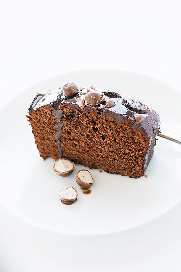 malted chocolate cake. easy dessert recipe | wellfloured.com