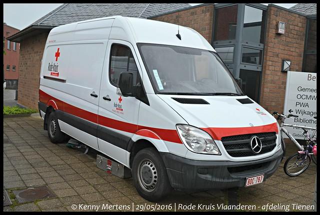 Rode Kruis Vlaanderen - afdeling Tienen - Materiaalwagen