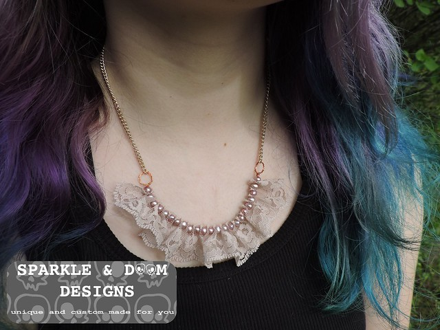 Lace Necklace 01c