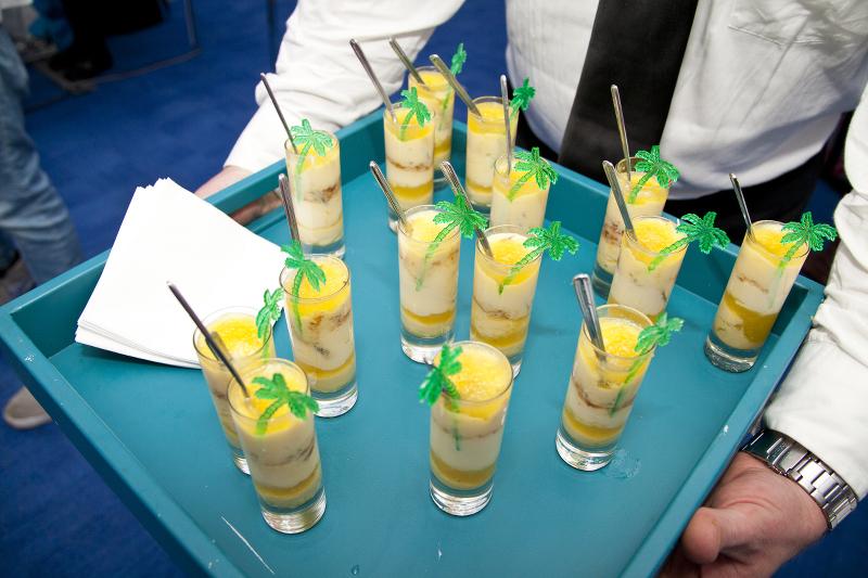 Belk-Bloggers-Charleston-Fashion-Week-3-tents-drinks