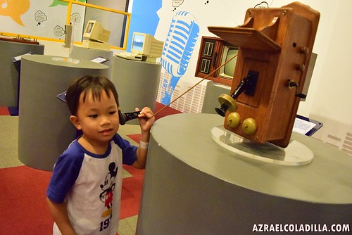 Ashton's visit in Exploreum SM MOA