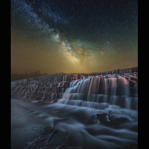 southdakota square astrophotography squareformat milkyway starscape instagramapp uploaded:by=instagram homegroenphotography southdakotastars