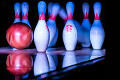 bowling pin(1.0), purple(1.0), sports(1.0), still life photography(1.0), ball game(1.0), blue(1.0), ten-pin bowling(1.0), bowling(1.0), ball(1.0),