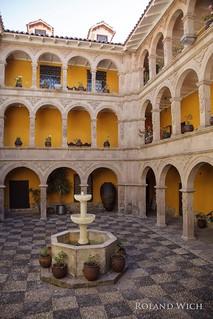 La Paz - Museo National de Arte Courtyard