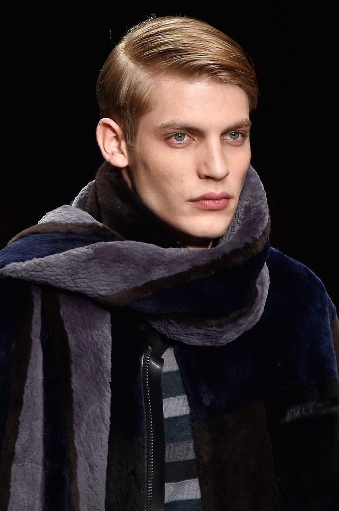 FW15 Milan Fendi129_Baptiste Radufe(fashionising.com)