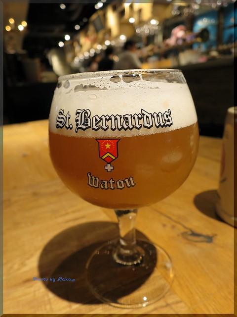 Photo:2015-05-04_T@ka.の食べ飲み歩きメモ(ブログ版)_三原小路でベルギービール!【銀座】デリリウムカフェギンザ_10 By:logtaka