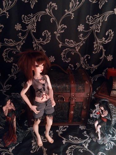 Dark ladies - Carmen, petite sorcière p.16 - Page 3 17055010390_3b2777ebdc