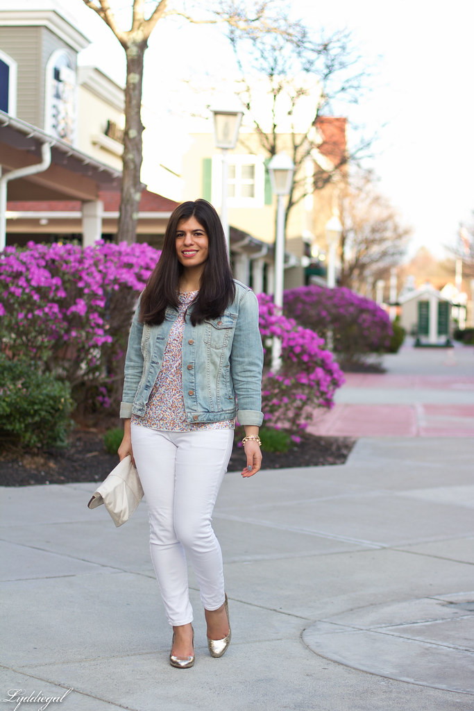 sequined tee, white jeans, denim jacket, silver pumps.jpg