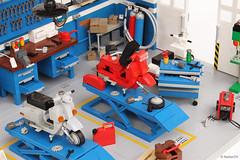 Dream Garage | Officina Super Sprint | Classic Vespa Workshop
