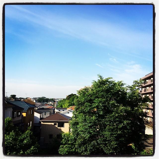 23May2015 Morning sky きょうは晴のち曇で、最高気温は27℃らしい。 #sky