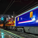 Class 90020 EWS on the Caledonian Sleeper at Preston 24.11.2015 Departing Plt 3 for Inverness at 04.43 am.jpg