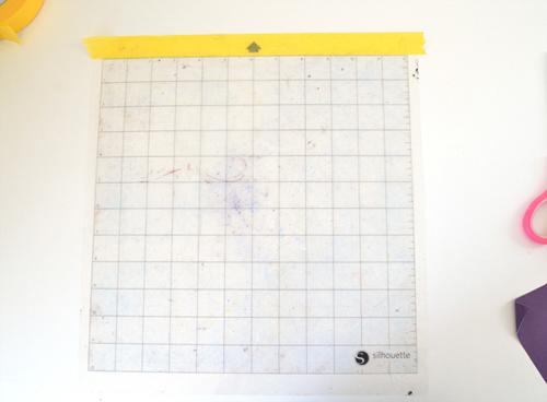 008-tack-it-silhouette-matt