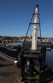 The hoist, Stourport Boat basin