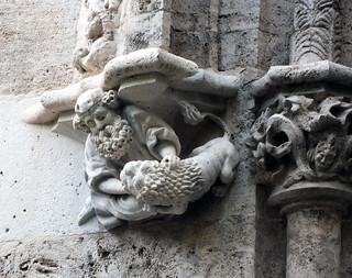 Lonja de la Seda o de Valencia o Lonja de los Mercaderes (Llotja de la Seda o Llotja de Mercaders) construida entre 1482 y 1548