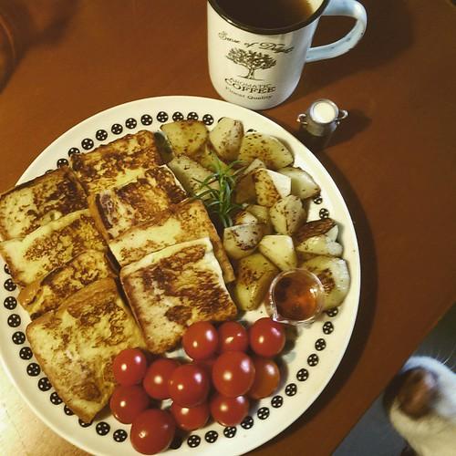 20150424 自己一大盤(嗝)  #主婦的早餐  #葛蘿的餐桌