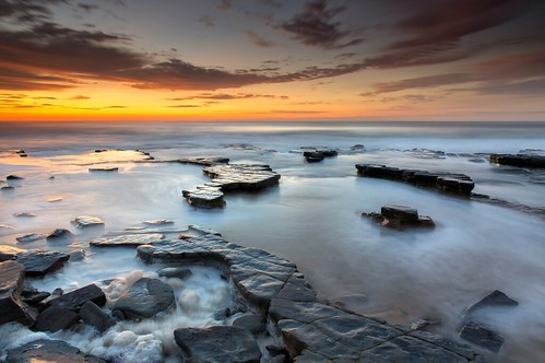 light seascape sunrise australia