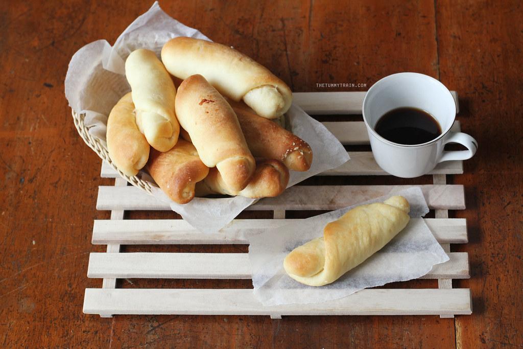 16948226610 5070f60ebb b - Sometimes I wonder about Spanish Bread