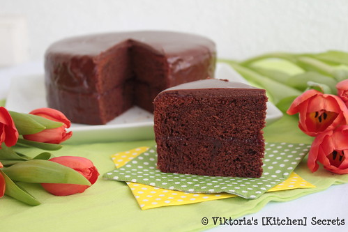 Sachertorte, Viktoria's [Kitchen] Secrets