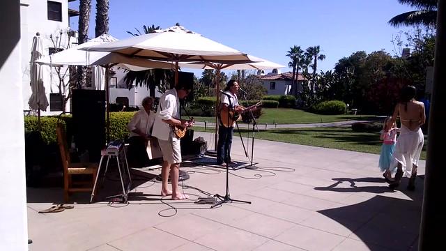 VID_20150404_151225605 SCAPE Bacara musicians mandolin 2min