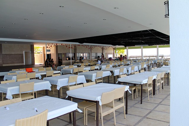 힐루뚱안 식당