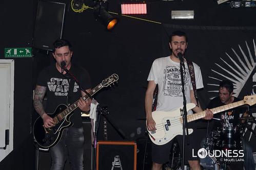 Tiro no Escuro e La Chanson Noir @ In Live Caffe