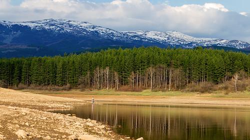 mountain snow reflection water landscape fisherman dam bulgaria mountainside vitosha tamron70300 studena