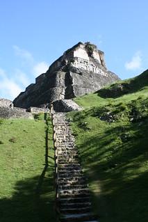 Piramides de Xunantunich