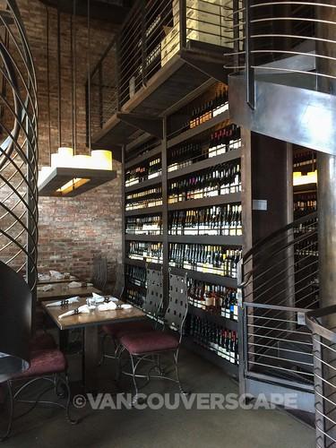 Purple Café and Wine Bar