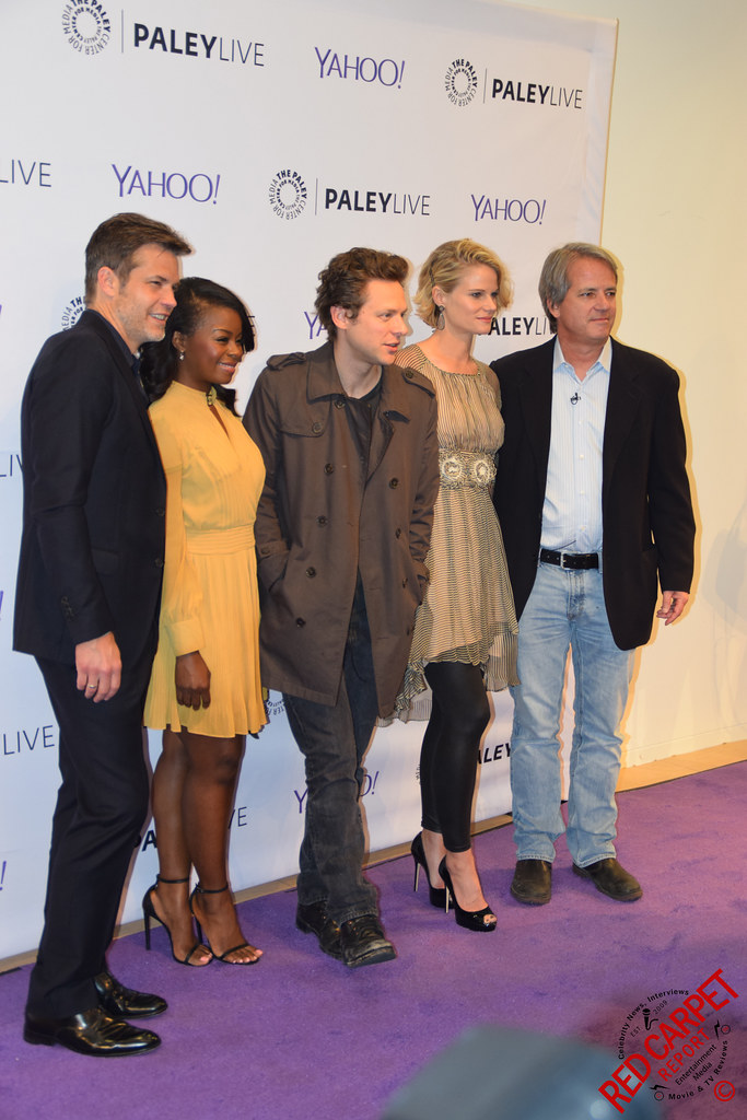 cast of justified u0026 creator graham yost at the paley evening with fxu0027s