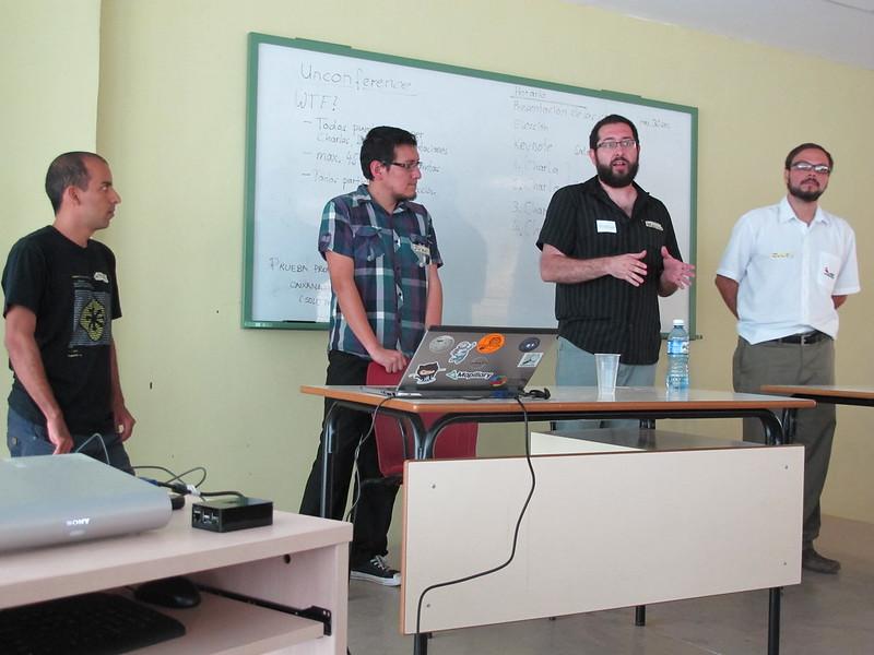 OSM in CubaConf - Wille (Brasil), Ivan (Ecuador), Mauricio (Argentina) y Julio May (Costa Rica)