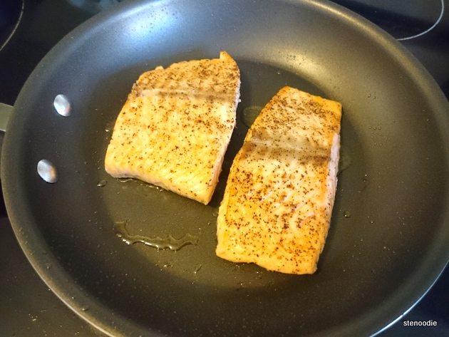 Cooking salmon fillets on medium heat