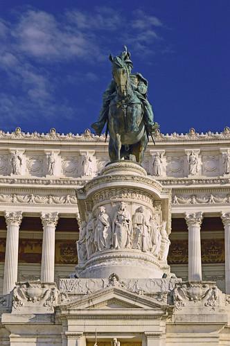 Monumento Nazionale a Vittorio Emanuele II - Statue 1