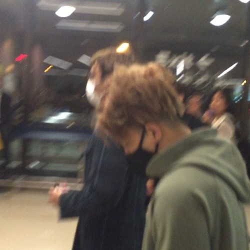 Big Bang - Newark Airport - 08oct2015 - uniqueyuki_ - 01