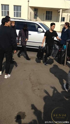 Big Bang - Harbin Airport - 22mar2015 - Tae Yang - SUNANDUS - 01