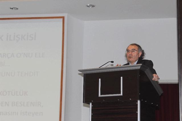 """Rektör Tarhan'dan Lise öğrencilerine """"Sağlam Kişilik Yapısı Geliştirme"""" konferansı 2"""