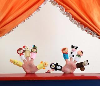 Nook Nook fingerpuppets