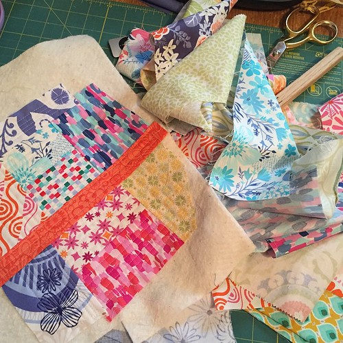 117:365 Bags are (mostly) unpacked, so I'm taking a few minutes to play with some QAYG and the @katespain scraps I won at #thestashbash