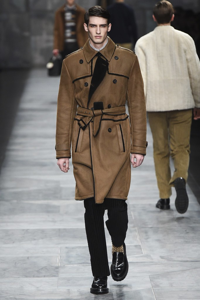 FW15 Milan Fendi006_Ian Sharp(VOGUE)