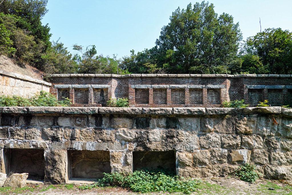 遺跡のような砲台跡