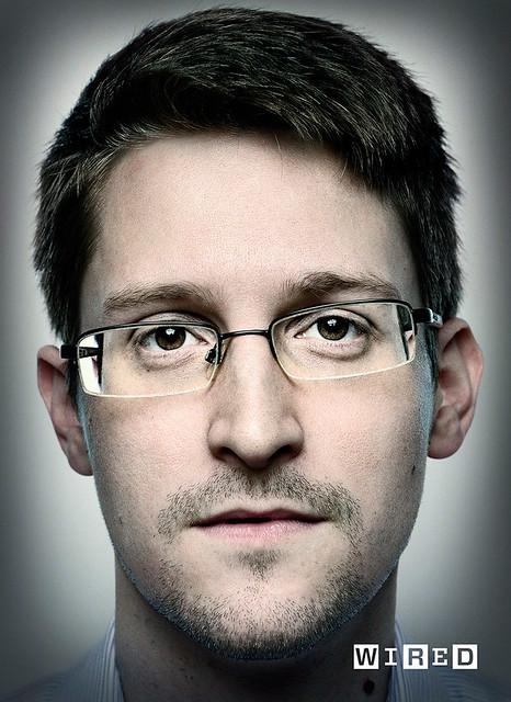 Edward-Snowden-Platon-Wired-Magazine-04