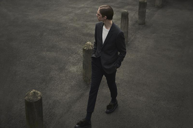 MikkoPuttonen_FashionBlogger_London_AllSaints_SS16_ItsUpToYou_Paulsmith_shoes_outfit3_web