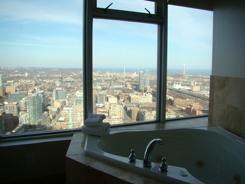 One King West Jacuzzi suite