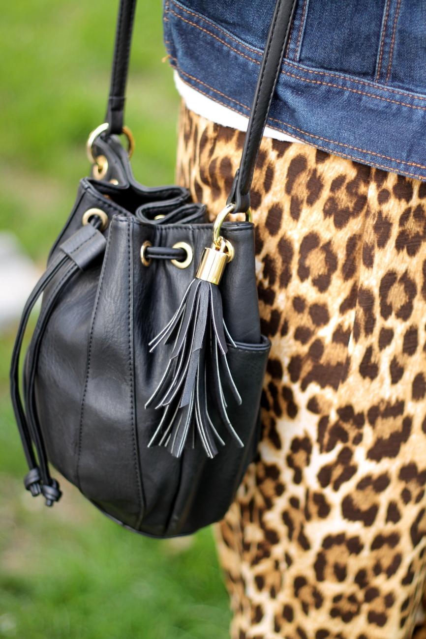 On Fridays We Wear Leopard   Re-Mix-Her