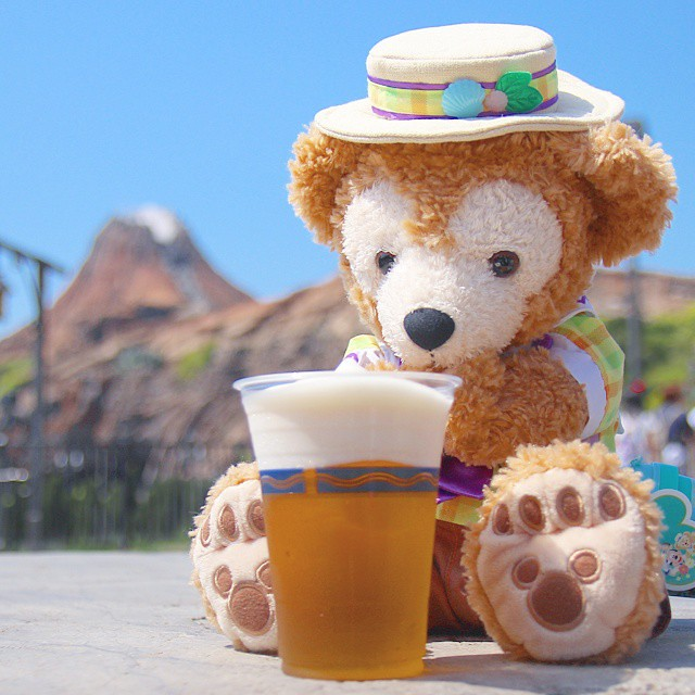 "For the first time in this year Tokyo DisneySea's ""Frozen Beer"" ??!??????!?????!?????????? \(^o^)/"