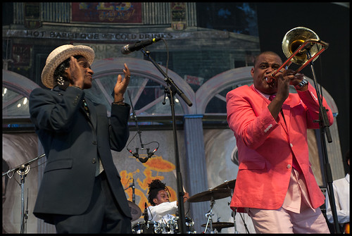 Glen David Andrews with Cyril Neville at Jazz Fest 2015 day 7. Photo by Ryan Hodgson-Rigsbee (rhrphoto.com)