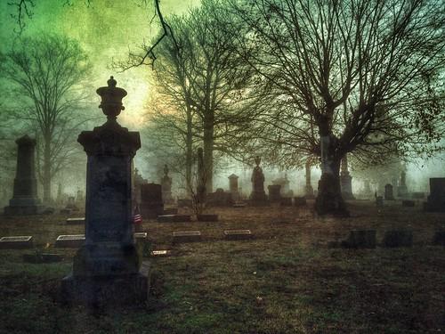 ohio cemetery fog foggy chillicothe grandview iphone
