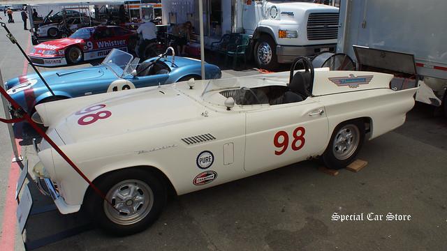 "1957 Ford Thunderbird ""Battlebird"""